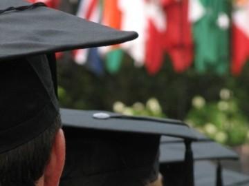 10729-graduation-1332412185-719-640x480[1]